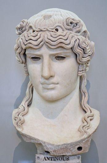 Antinous_Mondragone_Louvre_Ma1205