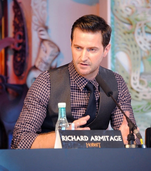 Richard Armitage reacts and responds to a question with gravitas