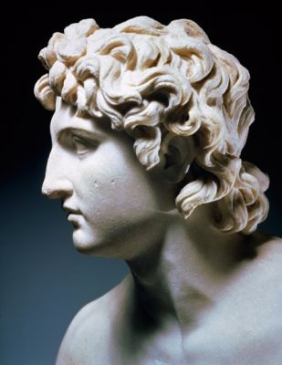 Roman period Alexander portrait Compare to profile from BAFTA Tea in LA (Getty Images)