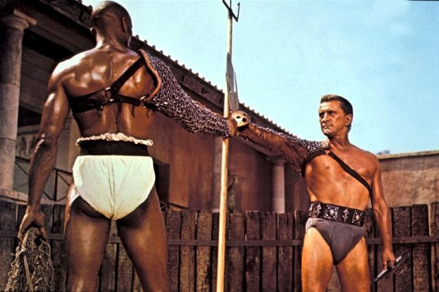 Draba (Woody Strode) and Spartacus (Kirk Douglas) wear the subligaculum